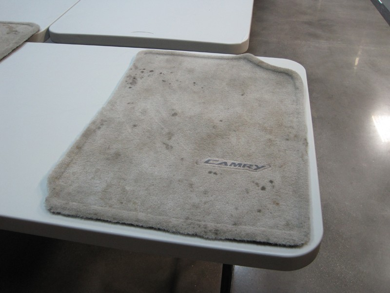 Cleaning Off Oil and Mud - Stain Expert - Stain Removal and