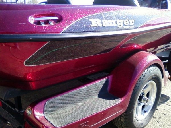 Ranger Bass Boat Minor Scratch Removal