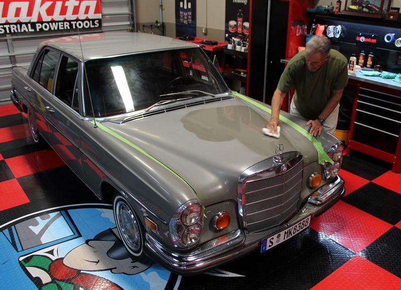 4 Steps to restore single paint paint - 1972 Mercedes-Benz