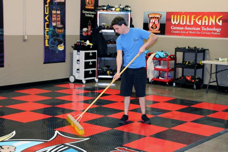 Cleaning racedeck tuffshield diamond tile floors with for Garage floor cleaning companies