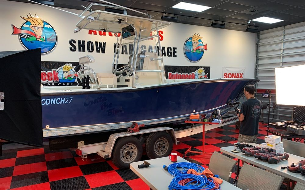 Conch27 Boat before being detailed.