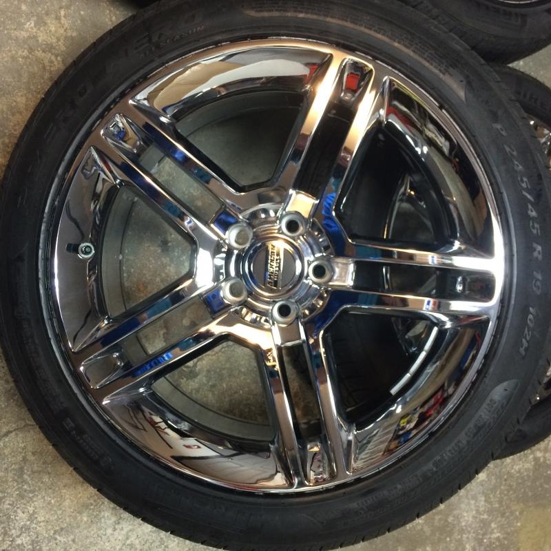 For Sale SHELBY GT500 Chrome Wheel & Pirelli Tire Kit 19