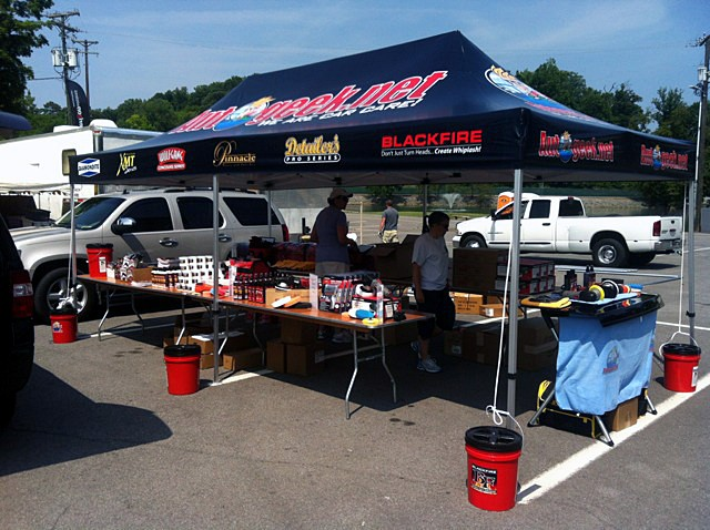 King Neptunes Rods In The Pocket Car Show - Car show booth