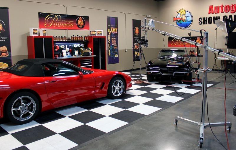 Video Shoot With Matt Steele At Autogeeks Show Car Garage TV Studio - Show car garage