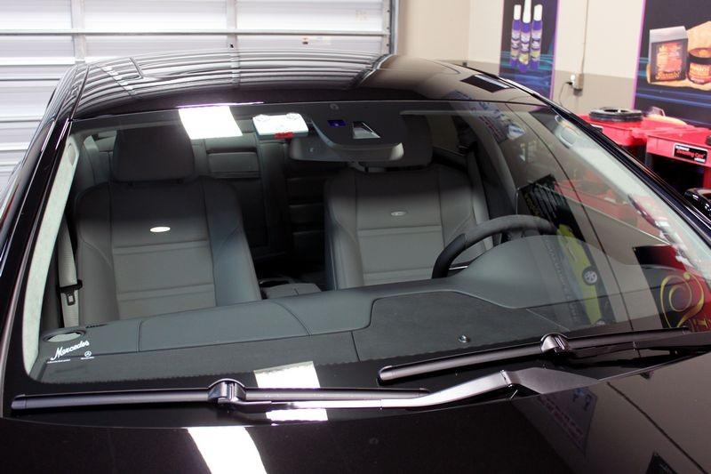 How do you apply Liquid Glass car polish?