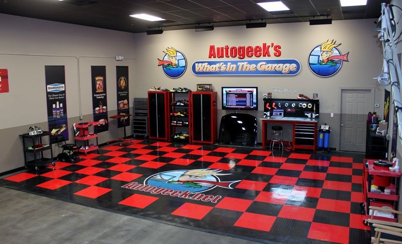 New layout for the studio page 3 for Automotive shop design