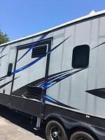 Question/Concerns Regarding 5th Wheel Extrior Sidewall Condition-thumbnail_20200823_071829-jpg