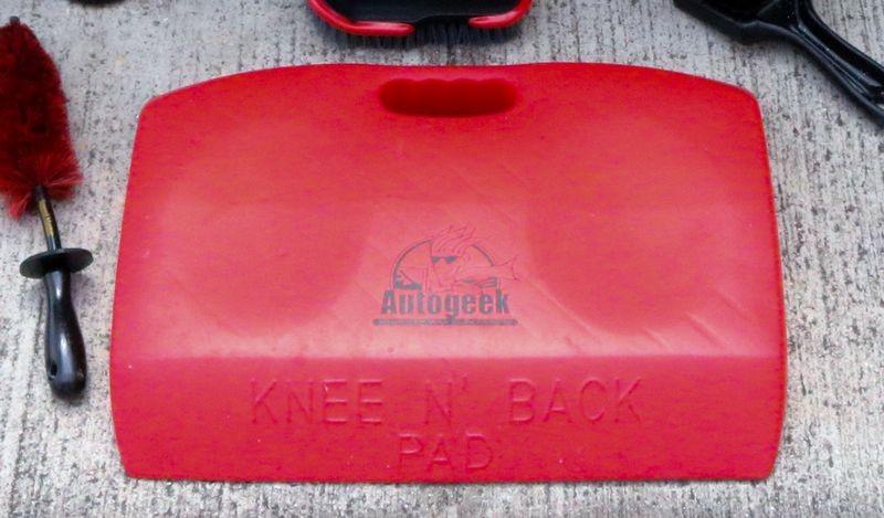 Autogeek Knee N' Back Pad.