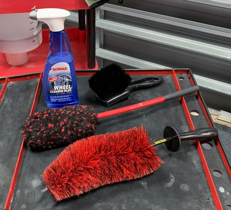 Things You Need To Wash A Ceramic Coated Car How-To & Review