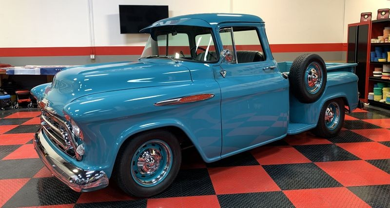 Chevy Pickup Truck before usign Pinnacle Souveran Jeweling Wax.