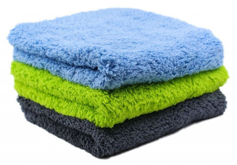 Stack of Speed Master Cloud 9 Microfiber Buffing Towels.