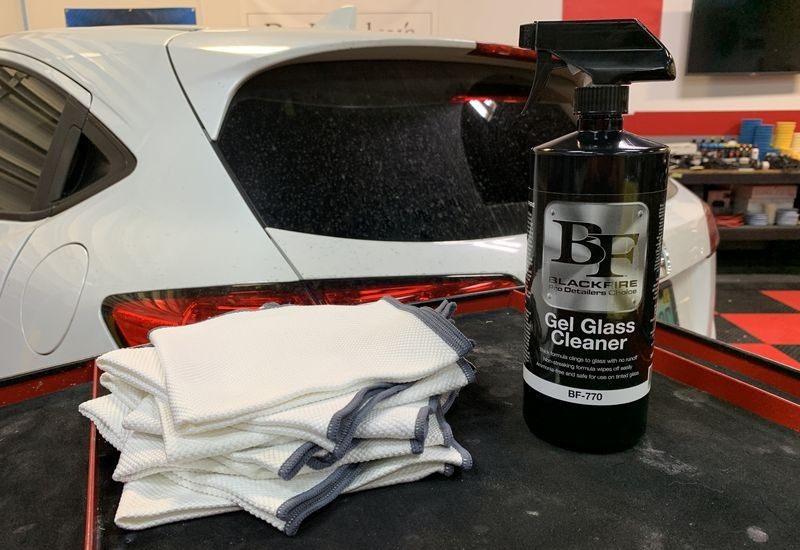 BLACKFIRE Gel Glass Cleaner with plenty of Speed Master Glass Towels.