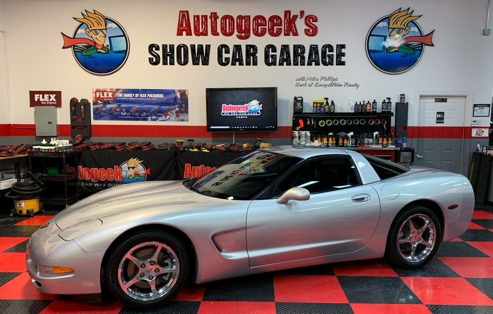 Corvette after detailing with DP Quick Coat.