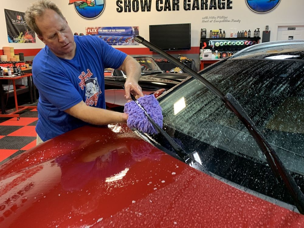 Use a wash mitt to wash windshield wipers.