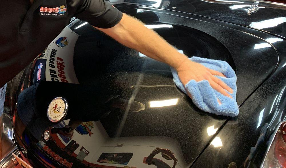 Continue around vehicle with DP Ceramic Detail Spray.