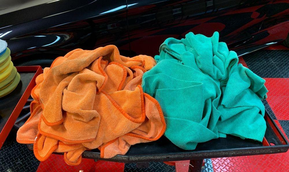 Orange and green towels.