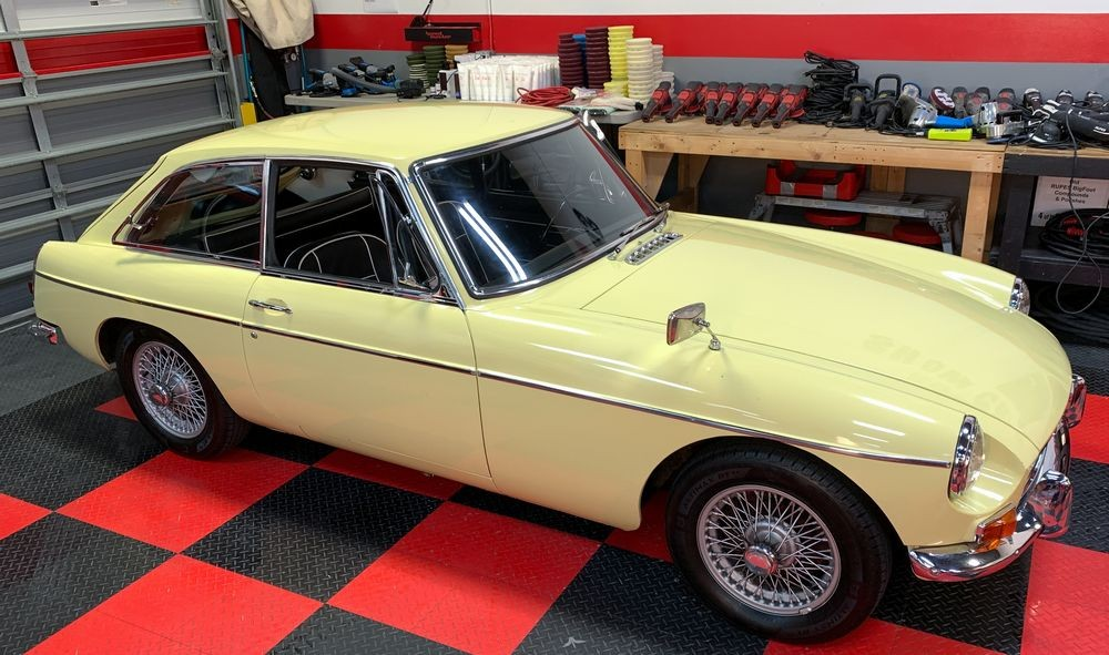 1968 MGB GT - All original single stage paint